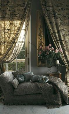 old world Cozy Corner, Cozy Nook, My Home Design, House Design, French Country Cottage, Soft Furnishings, Ana Rosa, Beautiful Homes, Beautiful Interiors