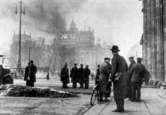 Counterlight's Peculiars: The Reichstag