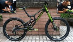 Santa Cruz V10 + DVO Emerald -- Cedric Gracia signature - dirtybikes's Bike Check - Vital MTB