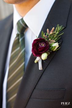 Grooms dark purple ranunculus boutonniere with greenery for spring wedding in Dallas, Texas - Photos by Perez Photography