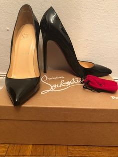 5139fa2ce3e Christian Louboutin Pigalle Pumps Heels Black Patent Leather Original Box  39 8.5  fashion  clothing
