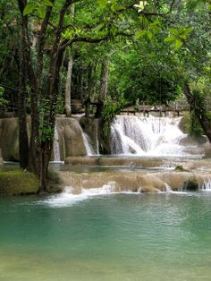 13 things to do in Luang Prabang, Laos. What to do in Laos! Ideas for travel in Laos.