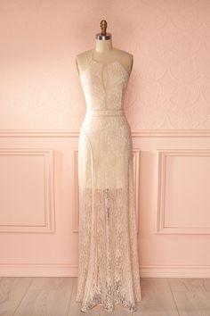 Robe longue dentelle rose pâle licou dos ouvert découpes - Maxi baby pink halter dress open back cut-outs