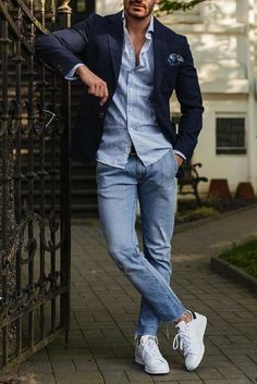 How To Wear Simple Outfits And Look Sharp is part of Mens fashion trends - Simple & Sharp Stylish Mens Outfits, Simple Outfits, Casual Outfits, Mens Dress Outfits, Navy Blazer Outfits, Man Outfit, Smart Casual Outfit, Mode Man, La Mode Masculine