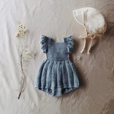 Ideas Fashion Kids Vintage Baby Girls For 2019 Baby Clothes Patterns, Baby Knitting Patterns, Unisex Baby Clothes, Cute Baby Clothes, Diy Clothes, Knitted Baby Clothes, Knitted Baby Outfits, Vintage Baby Clothes, Vintage Girls