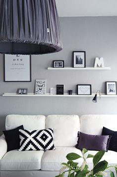 bilderwand wohnungseinrichtung wandgestaltung wohnzimmer blumenbilder ferienwohnung ideen pixel schwarz und wei wall decor - Wohnungseinrichtung Inspiration