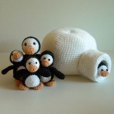Penguin Family.PDF Crochet Pattern -   Available in English or Swedish