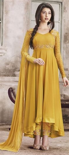 Anarkali Suits (अनारकली) - Explore the latest collection of Designer Indian Anarkali Suits and Dresses for Women Online in India. ✓Cash on Delivery ✓Latest Designs ✓ Best Anarkali Suits Price Designer Salwar Kameez, Designer Anarkali, Salwar Designs, Blouse Designs, Anarkali Dress, Anarkali Suits, Pakistani Dresses, Long Anarkali, Indian Anarkali