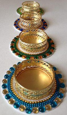 Diwali Candle Holders, Diwali Candles, Candle Holder Decor, Desi Wedding Decor, Indian Wedding Favors, Indian Wedding Decorations, Thali Decoration Ideas, Diy Diwali Decorations, Flower Decoration