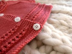 instructions for 2nd row of eyelets on baby sweater