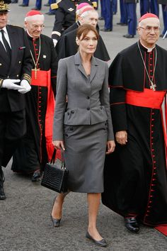 Carla Bruni-Sarkozy Photo - The Pope Arrives In Paris