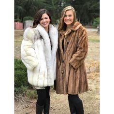 Fur Fashion, Womens Fashion, Black Fur Coat, Sexy Women, Women Wear, Furry Girls, Friends Fashion, Mink Fur, Fox Fur