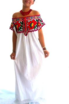 plus size long mexican dresses - Fashion dresses news Mexican Fashion, Mexican Outfit, Mexican Dresses, Mexican Clothing, Bohemian Mode, Boho Chic, Boho Fashion, Fashion Dresses, Womens Fashion
