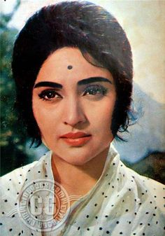 Изображение Vintage Bollywood, Indian Bollywood, Bollywood Stars, Asian Celebrities, Bollywood Celebrities, Bollywood Actress, Indian Women Painting, Golden Star, Golden Age