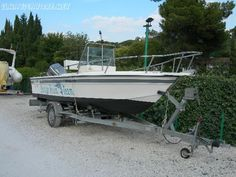 C.B. #Breeze18, #lunghezza: 5.65 mt; #larghezza: 2.25 mt; #pescaggio: 0.71 mt; peso: 600 kg #(senza #motore); #numero di #persone #trasportabili: ... #annunci #nautica #barche #ilnavigatore
