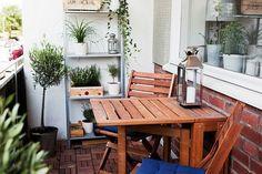 77 praktische Balkon Designs – Coole Ideen, den Balkon originell zu gestalten - projekt modern balkon design ideen klapptisch weiß topf