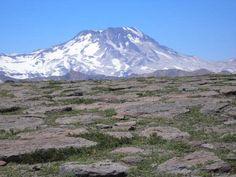 altos de lircay , enladrillado y volcan descabezado grande