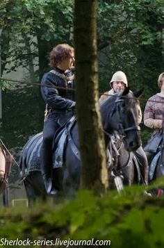 Hollow Crown set