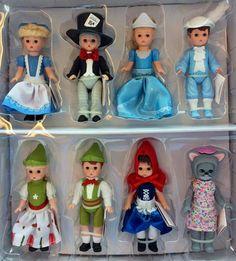 Madame Alexander 2010 McDonalds Cinderella Blue girl doll toy Happy meal