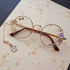 I'm pretty sure Luna gave these to Harry as a gift <3