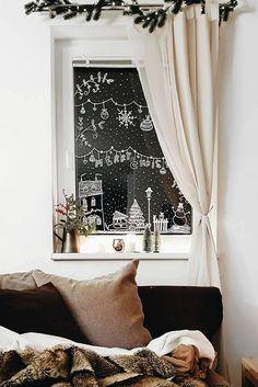 Paint your own window - Kinderzimmer: Weihnachten - diyhome Christmas Window Decorations, Holiday Decor, Christmas Window Paint, Christmas Windows, Diy Kitchen Decor, Home Decor, Kitchen Craft, Window Art, Window Ideas