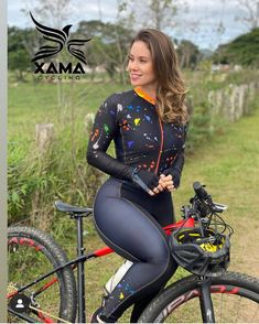 Bicycle Women, Bicycle Girl, Bike, Sexy Outfits, Girl Outfits, Cycling Suit, Corpo Sexy, Cycling Girls, Curvy Women Fashion