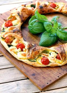 Tarte soleil de Provence. Prettier pizza.