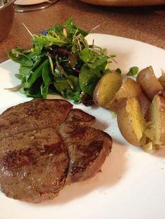 Steak de chevreuil au beurre de thym frais