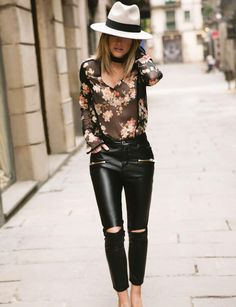 Carolina Receiver for Morgan: the bohemian look Blouse with transparent flowers, € and leather pants, € Caroline Receveur x Morgan. Cheap Fall Outfits, Spring Outfits, Cool Outfits, Casual Outfits, Fashion Outfits, Fitness Motivation, Elle Fashion, Trendy Fashion, Suit Up