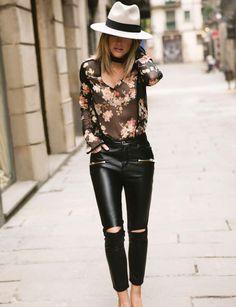 Caroline Receveur pour Morgan : le look bohème Blouse transparente à fleurs, 50,00 € et pantalon en cuir, 70,00 €, Caroline Receveur x Morgan.