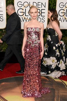#KateBosworth in #DolceGabbana Photo: Jason Merritt/Getty Images. #GoldenGlobes2016 #gown