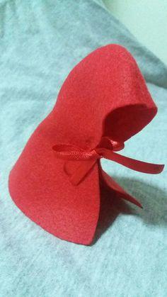 Capa para garrafa ou tubetes chapeuzinho  vermelho