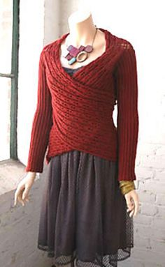 Free pattern on ravelry! beautiful and versatile.