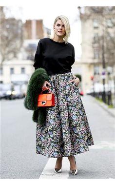 Φούστες-ομπρέλα - Floral midi skirt, black boat neck blouse with a pop of color.