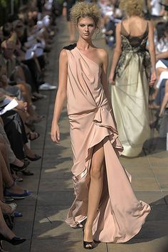 Douglas Hannant Spring 2009 Ready-to-Wear Collection Slideshow on Style.com