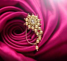 Indian Jewellery Design, Gold Jewellery, Indian Jewelry, Nath Nose Ring, Nose Rings, Nose Jewelry, Jewelry Design Earrings, Nath Bridal, Nose Ring Designs