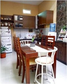 Desain rumah makan kecil menyatu dengan dapur sederhana terbaru & Desain rumah makan kecil mewah dan dapur minimalis sederhana terbaru ...