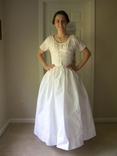 Low Cost Insurance Plan For The Welfare Of Your Loved Ones Ideas For Pioneer Clothing Needed For Handcart Trek. Clothing Patterns, Dress Patterns, Pioneer Clothing, Pioneer Dress, Nightgown Pattern, Civil War Dress, Historical Clothing, Historical Costume, Peasant Blouse