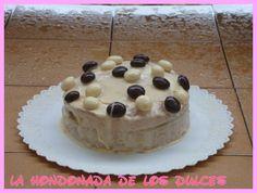 pastel de cafe y caramelo