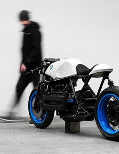Customized BMW K100 by Philipp Wulk