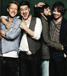 mumford and sons. My current musical love affair I Love Music, Music Tv, Music Lyrics, Music Is Life, Good Music, Music Mood, Mumford & Sons, Marcus Mumford, Fotografia