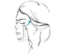 """Non basta scegliere la crema antirughe più adatta: bisogna anche imparare a stenderla in modo corretto. Ecco 5 mini massaggi da fare dopo la pulizia del viso, perché la mattina la tua pelle ha bisogno di energia, a qualsiasi età<br /><a href=""""http://d.repubblica.it/beauty/2014/11/06/foto/creme_viso_antirughe_giorno_prodotti-2361453/1/"""" title=""""http://d.repubblica.it/beauty/2014/11&..."""