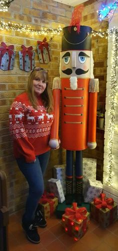 Woman makes huge 7ft Nutcracker decoration for free out of cardboard tubes