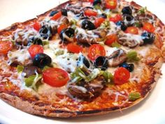 Flat Out Pizza from Danica's Daily.  6 P+ or totally Simply Filling
