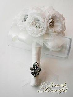 Winter white bouquet! www.broochbeautiful.com