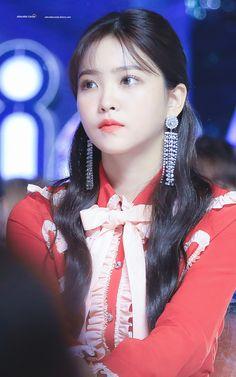 She looks so good! Seulgi, Red Velvet イェリ, Red Velvet Irene, Ulzzang, South Korean Girls, Korean Girl Groups, My Girl, Cool Girl, Rapper
