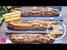 La recette des baguettes maison facile et rapide ! Des baguettes prêtes en 5 minutes, sans pétrissage et sans robot ! Magique ! Cuisine Diverse, Easy Bread, Diy Food, Crepes, Cooking Time, Bread Recipes, Baguettes, Banana Bread, Buffet