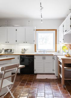 Edmund & Heidi's Traditional & Post-Modern Mix in Montreal