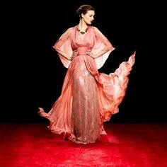 ideeli -  You don't need the red carpet to shine like a (movie) star!  https://www.facebook.com/ideeli