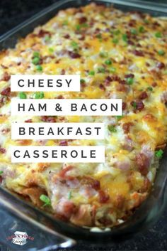 Wow, not only does this breakfast casserole taste delicious it smells wonderful too! The croissants are what makes this special. They add a fabulous buttery flavor to the dish that other breakfast casseroles can lack. The ham and bacon are a tasty pair an Healthy Potato Recipes, Cauliflower Recipes, Delicious Recipes, Breakfast Dishes, Breakfast Recipes, Breakfast Casserole With Ham, Christmas Breakfast Casserole, Breakfast Bake, Breakfast Ideas